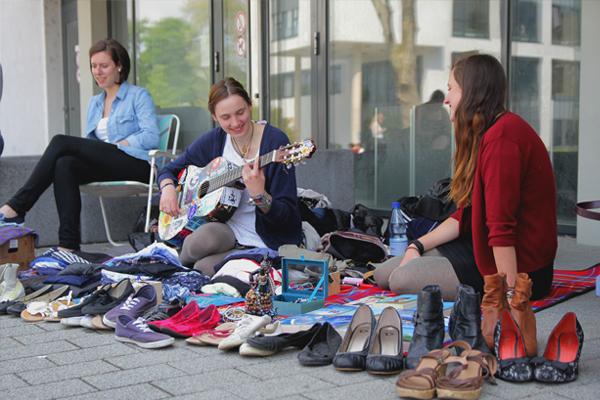 Flohmarkt Koblenz Foto: Weinzierl