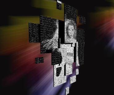 """Dr. Markus Lohoff, Leiter des Arbeitsbereiches Digitale Medien am Institut für Kunstwissenschaften an der Universität Koblenz-Landau, hat gemeinsam mit den Studierenden neuartige Ideen zum Thema """"Eurovisionen"""" umgesetzt."""