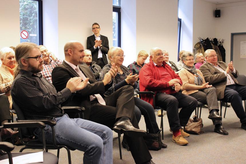 Wissenschaftlicher Leiter der Studie ist Dr. Peter Ferdinand (erste Reihe 2. von links). Er ist sehr zufrieden mit den Ergebnissen. Foto: Adrian Müller