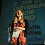 ZKW-Leiterin Anja Ohmer eröffnet den Song Slam. Foto: Berend Barkela