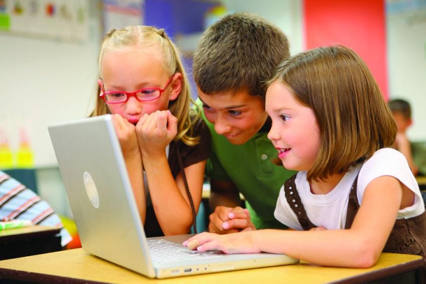 """Wie wichtig sind visuelle Darstellungen im Unterricht? Mit Fragen wie dieser beschäftigen sich die Doktoranden des Graduiertenkollegs """"Unterrichtsprozesse"""". Foto: Lucélia Ribeiro/flickr.com"""