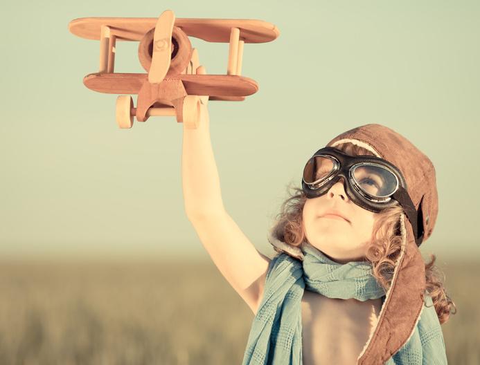 In der vorlesungsfreien Zeit geht es für viele Uni-Angehörige in den Urlaub. Für andere heißt es: Praktika und Joberfahrungen sammeln. Das UniBlog-Team verabschiedet sich mit einer kleinen Umfrage in die Blogpause. Foto: Fotolia/ Igor Yaruta