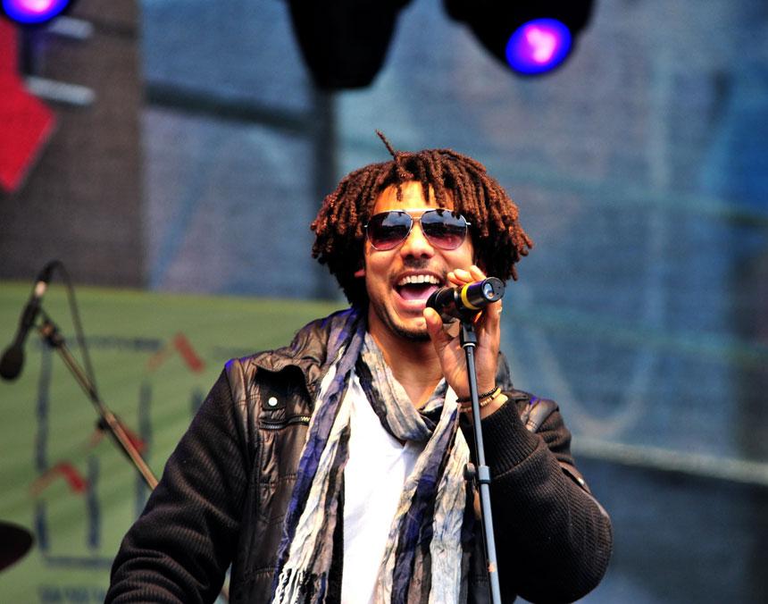 """Vor bald zehn Jahren entstand in der Landauer Unikneipe """"Fatal"""" die Band """"Oku and the Reggaerockers"""". Foto: Musopia Music"""