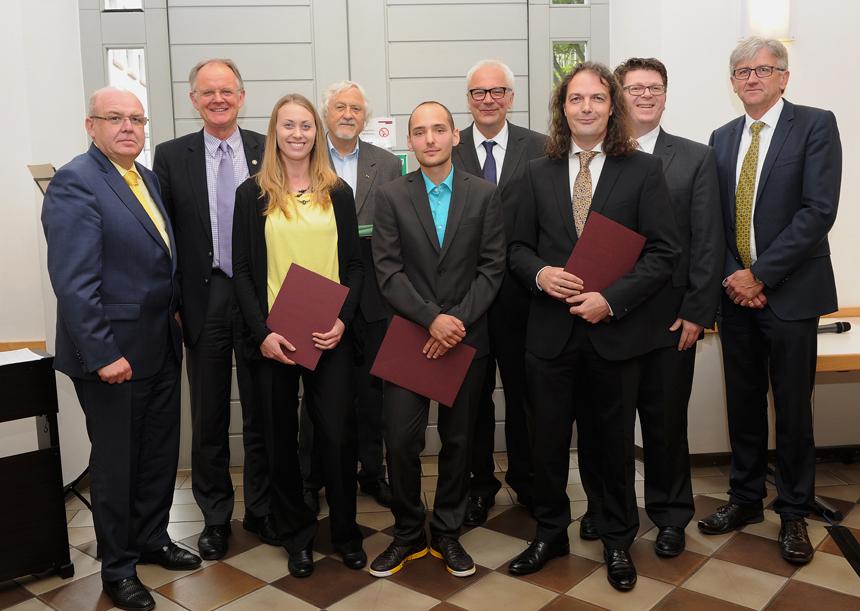 Erhielten den Landauer Universitätspreis (v.l.): Christiana Herold, Christian Buchmann und Thomas Krämer. Foto: Karin Hiller