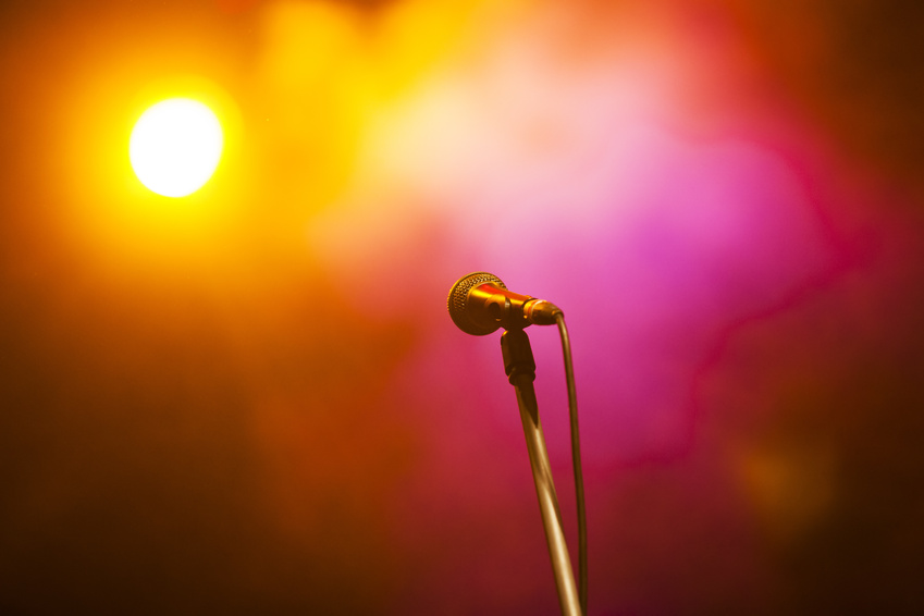 Poetry Slam-Größen aus ganz Deutschland treten am 6. November im Universum-Kino ans Mikrofon. Foto: Fotolia / Melinda Nagy