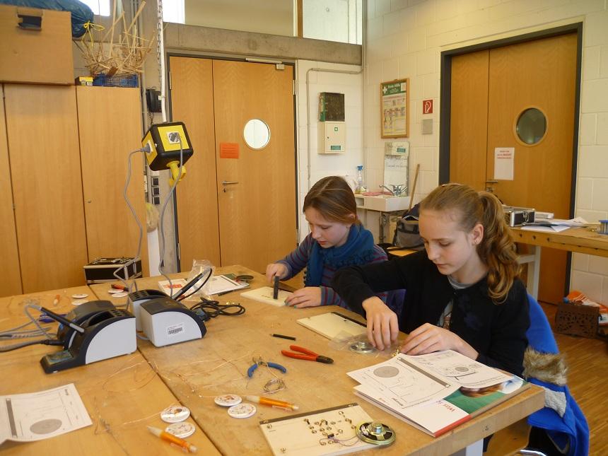 Das Ada Lovelace Projekt begeistert seit 1997 Mädchen und junge Frauen für MINT Fächer. Foto: Privat