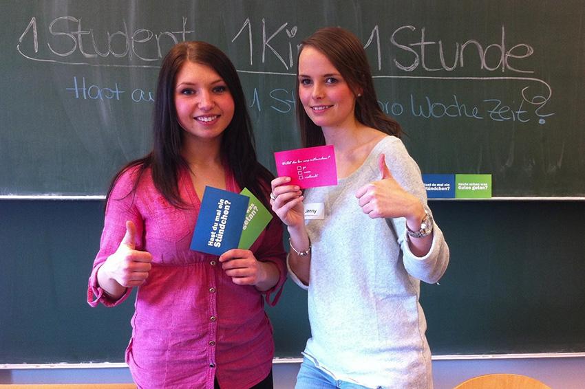 Viktoria Schäfer (l.) und Jennifer Retz (r.) konnten schon viele Studierende zum Mithelfen motivieren. Foto: privat.