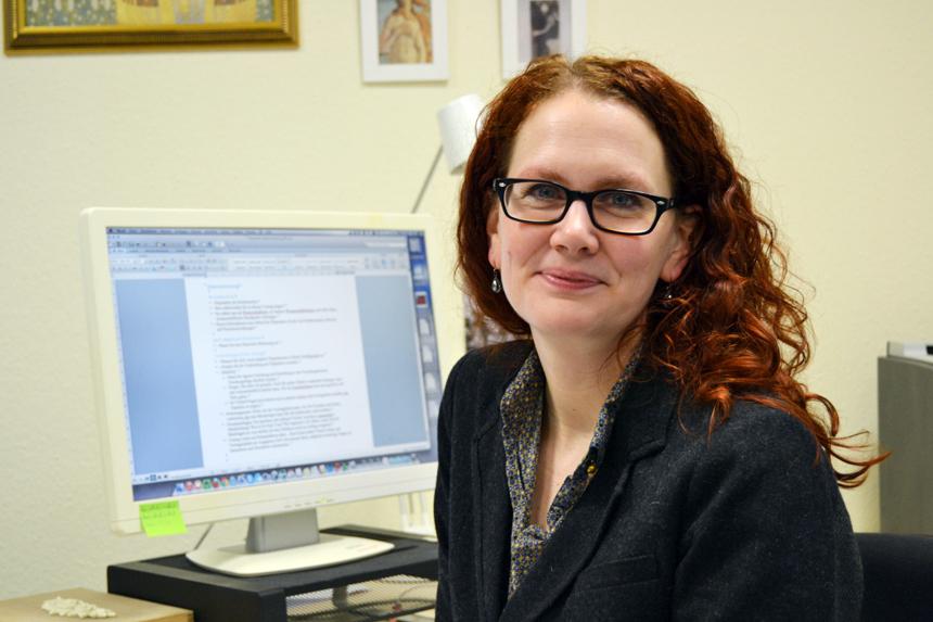 Dr. Kathrin Ruhl ist die Geschäftsführerin des IPZ der Uni Koblenz-Landau und Ansprechpartnerin rund um das Thema Promotion. Foto: Lauermann.