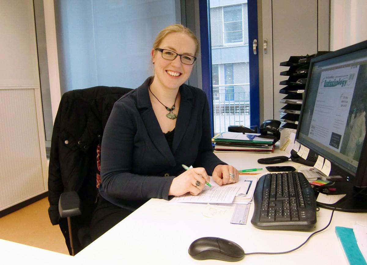 Kümmert sich um Gastwissenschaftler aus aller Welt: Marion Kraft vom Landauer Welcome Center. Foto: Katharina Greb.