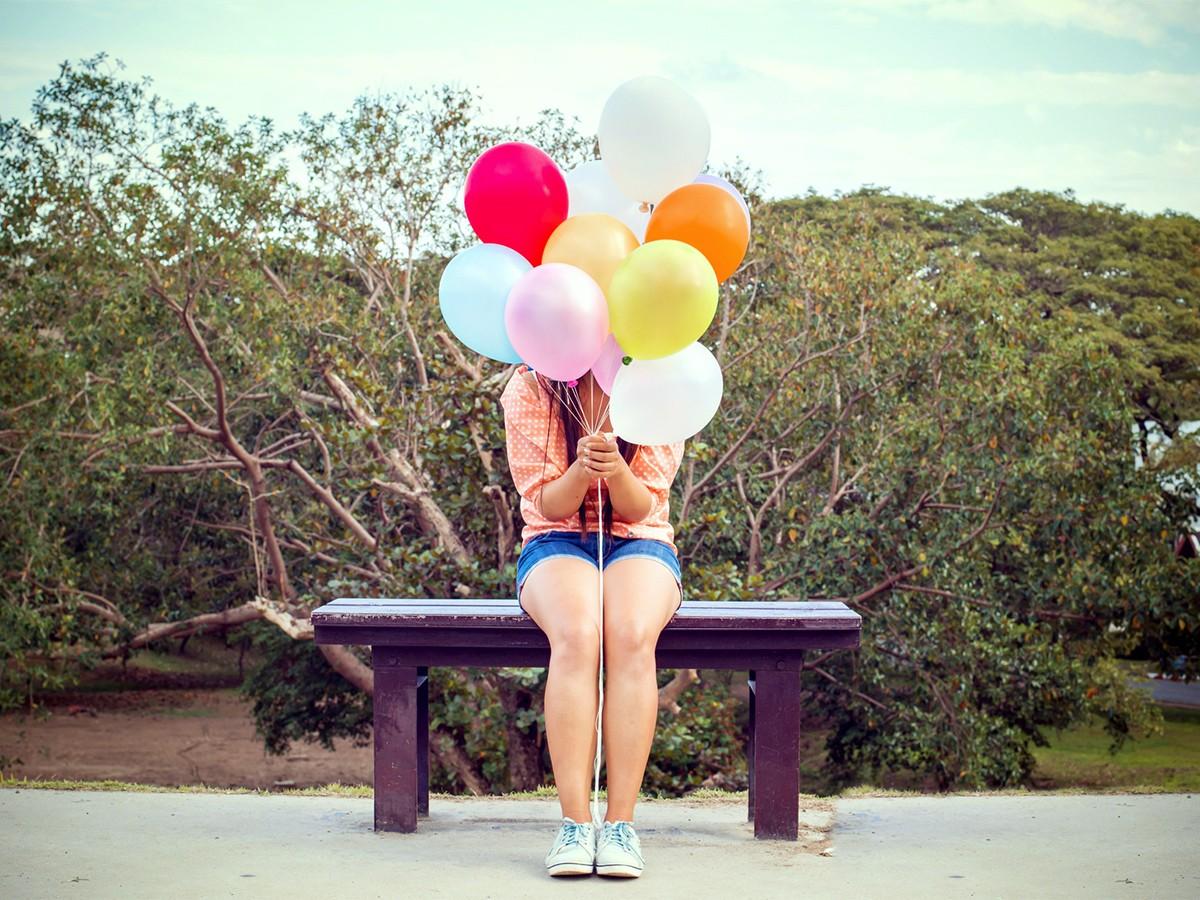 Glück kann vieles bedeuten: Gesundheit, Geld, Familie oder einfach nur ein leckeres Stück Schokoladenkuchen. Inwiefern wir für unser Glück selbst verantwortlich sind, erklären zwei Koblenzer Wissenschaftlerinnen in Interview. Foto: Fotolia/jakkapan