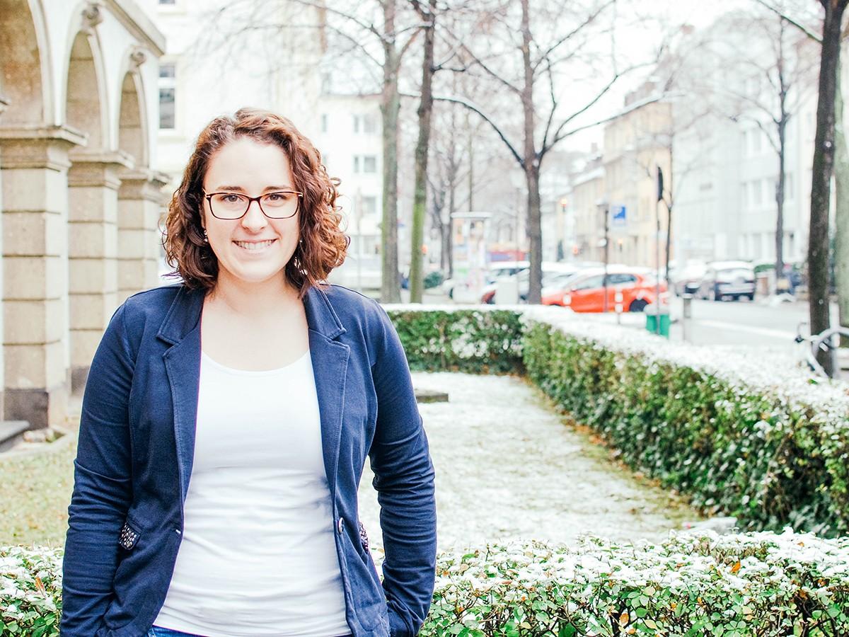 Hilft der Karriere auf die Sprünge: Anna Schmidt vom Women Career Center. Foto: Greta Rettler