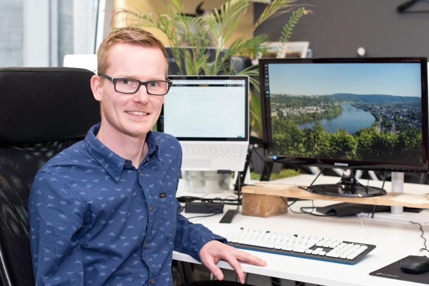 Gerrit Müller hat an der Uni Koblenz-Landau Informationsmanagement studiert und arbeitet heute in einer Social Media-Agentur. Foto: Greta Rettler