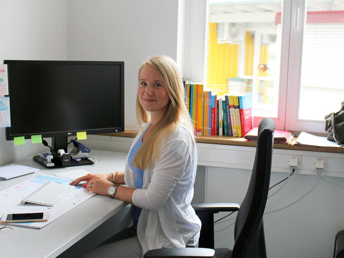 Kristina Wagner ist wissenschaftliche Mitarbeiterin im Fachbereich 3 und möchte promovieren. Sie ist dankbar für die Unterstützung, die ihr den Weg in die Wissenschaft erleichtert.