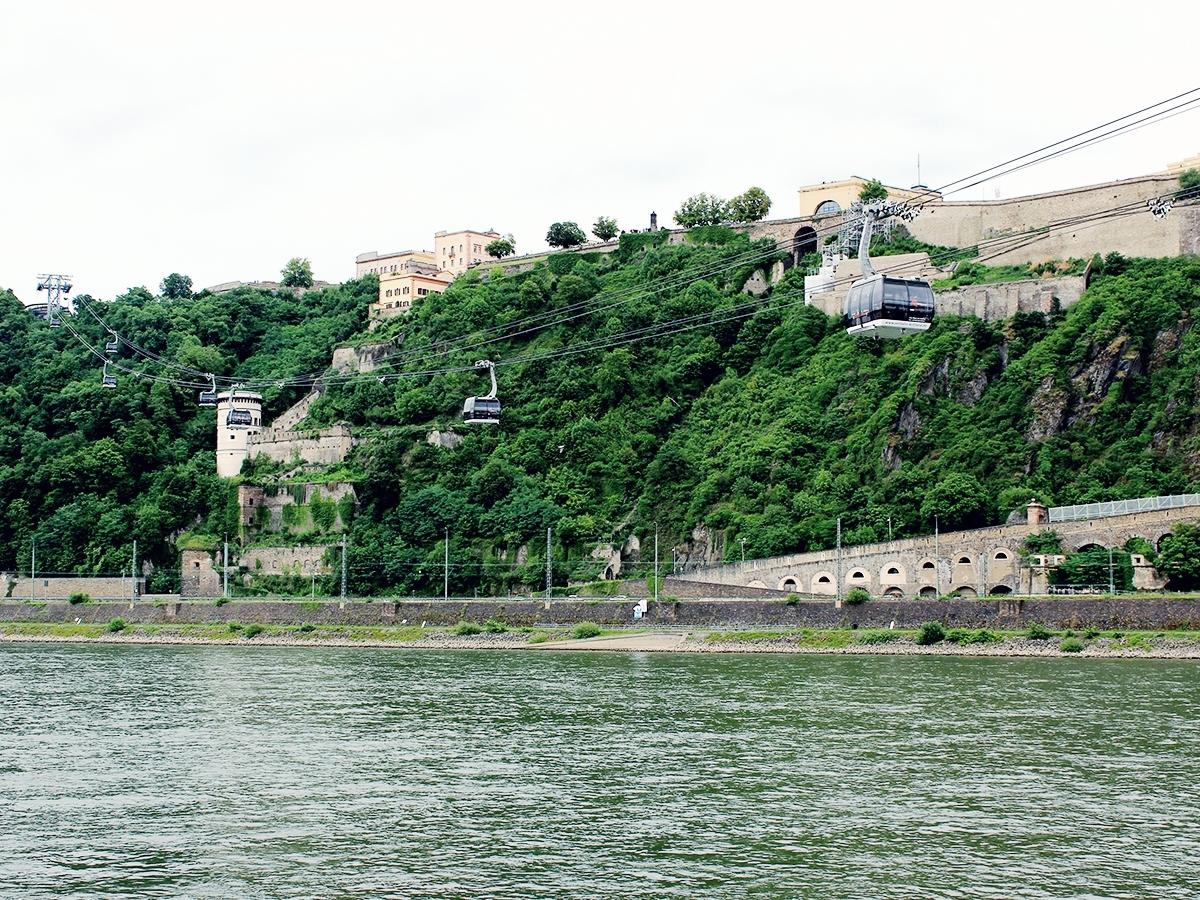 Die Koblenzer Seilbahn zieht Touristen aus aller Welt an. Foto: Natalie Henzgen