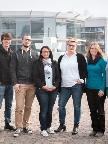 Das Team von PLAST: Miriam Schaefer, Zacharias Steinmetz, Maximilian Meyer, Katherine Muñoz, Jutta Milde, Lea Heidbreder und Isabella Bablok (von links nach rechts). Foto: Philipp Sittinger
