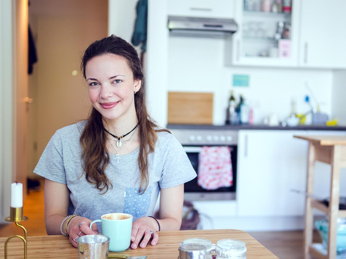 Hanna Plattenteich wohnt in Landau in einem 25-Quadratmeter-Apartment, dass sie mit viel Liebe zum Detail eingerichtet hat. Fotos: Philipp Sittinger