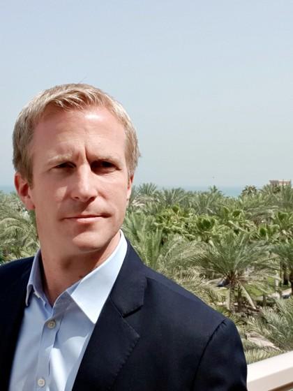 Christian Dietze hat Informatik in Koblenz studiert und arbeitet heute für ein Tochterunternehmen der Telekom in Abu Dhabi. Im Interview erzählt er von seinem Weg in die Unternehmensberatung. Foto: Privat