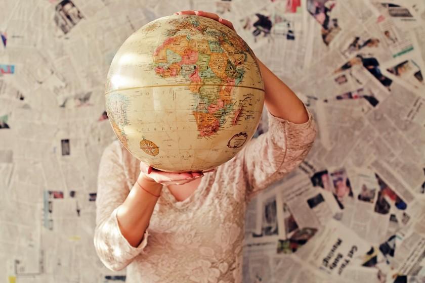 Die Welt kennenlernen - mit Erasmus + ist das für Studis, Doktoranden und Mitarbeitende der Uni möglich. Foto: Unsplash/Slava Bowman