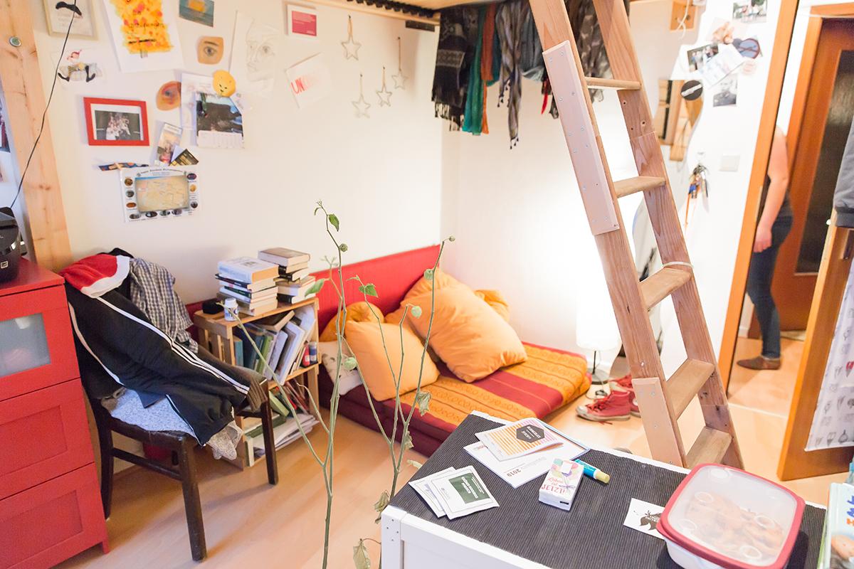 Die einzelnen Zimmer der Bewohner sind platzsparend eingerichtet. Foto: Teresa Schardt