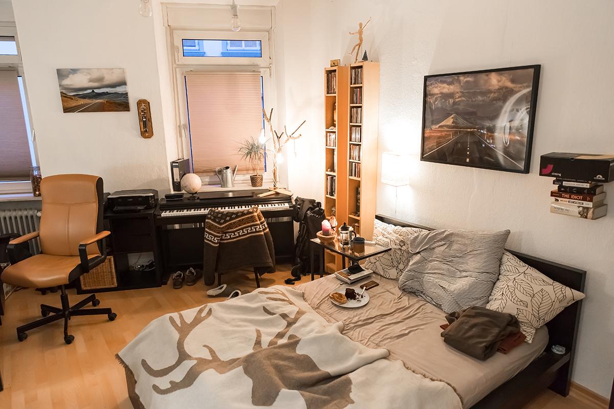 Doch die kleinen Räumen haben durch ihre charmante Einrichtung einen hohen Gemütlichkeitsfaktor. Foto: Teresa Schardt