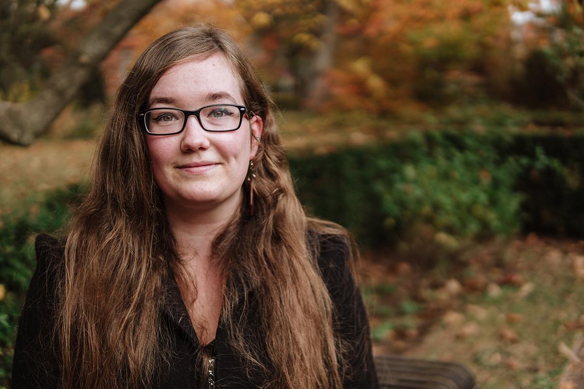 Adina Guttermann arbeitete neben ihrem Lehramtsstudium an einer Hotelrezeption. Foto: Philipp Sittinger