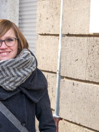 Rebekka Smuda forscht in ihrer Dissertation zum alltäglichen Umgang mit Körperhaar. Für die Datenerhebung nutzte sie ein Kosmetikstudio. Foto: Jan Reutelsterz
