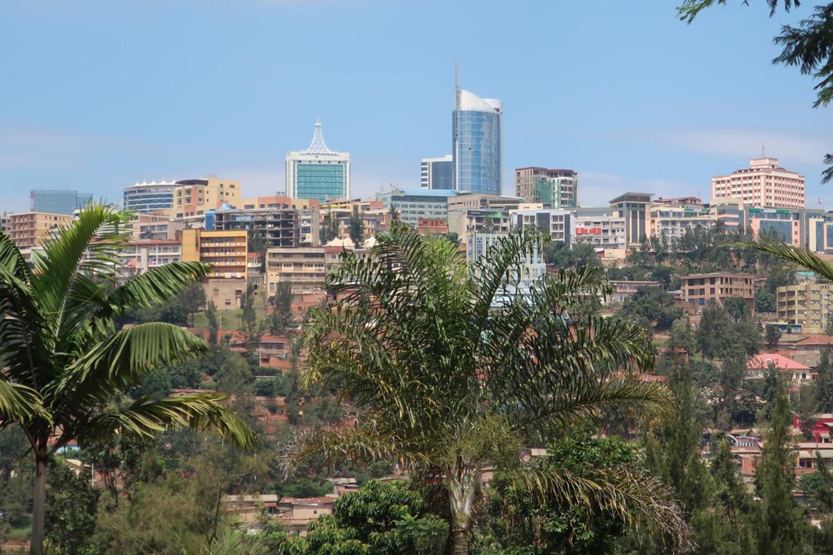 Miriam Bahrdt und ihre Kommilitonen reisten im Rahmen eines Seminars nach Zentralafrika. In Ruanda trafen sie auf eine vielfältige Landschaft und Kultur. Fotos: Privat