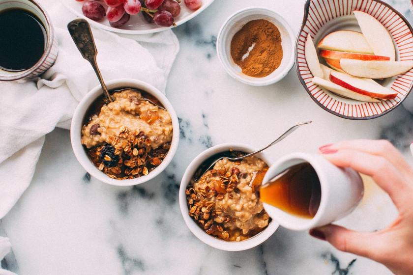 Auf Carolin Franks Speiseplan standen vier Wochen lang ausschließlich gesunde Nahrungsmittel - zum Beispiel Porridge zum Frühstück. Foto: Jennifer Pallian