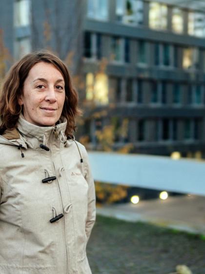 Seit 2017 ist die Landauer Alumna Judith Wagner als Beauftragte für Umweltschutz bei der DB Netz AG beschäftigt. Foto: Philipp Sittinger