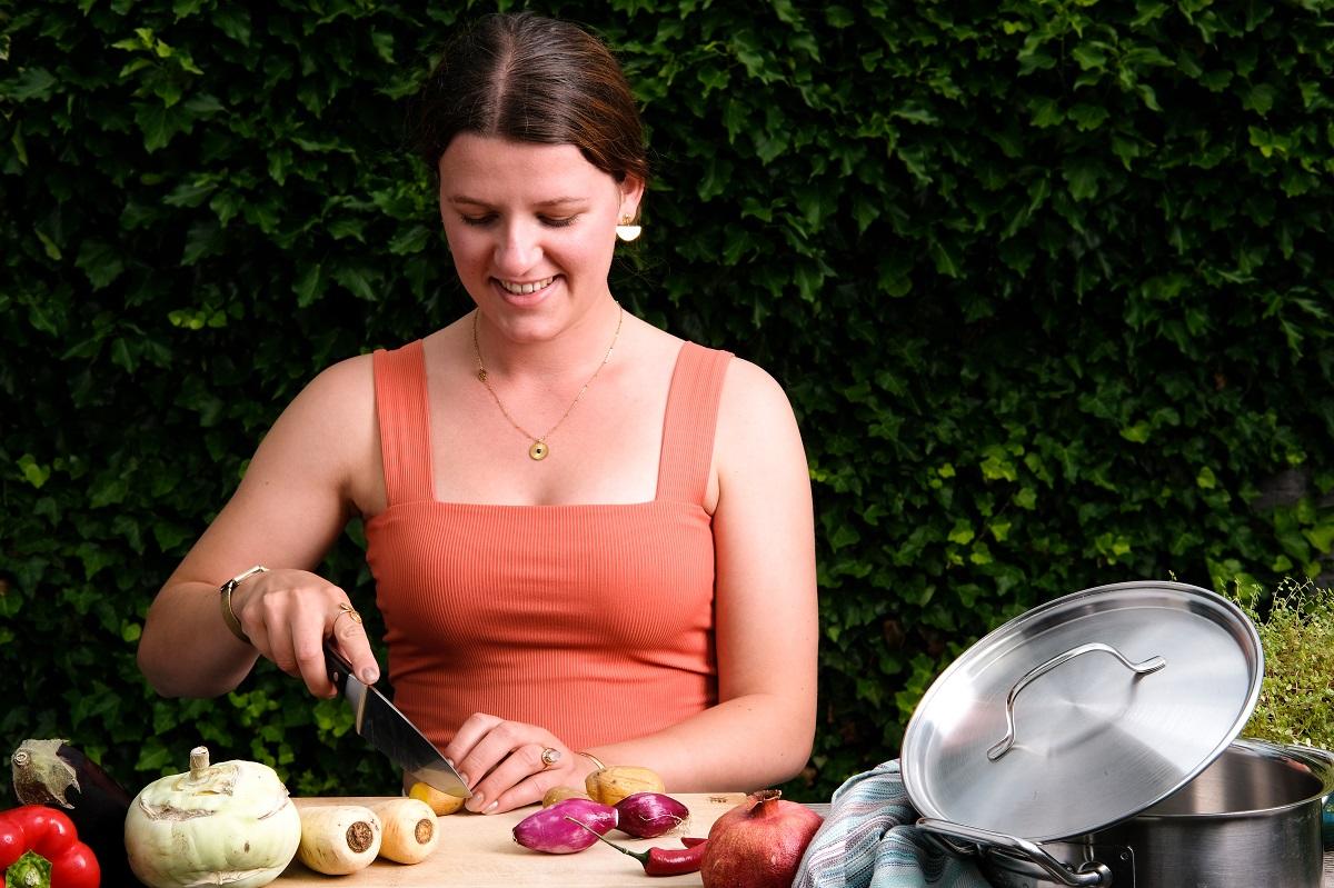 Autorin Sara Pipaud hat durch Foodblogs ihre Leidenschaft fürs Kochen entdeckt. Foto: Sara Pipaud