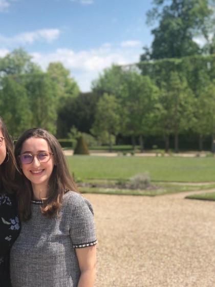 Lea-Sophie Mantik und Mélisande Giammona begeistern sich für die Sprache, die Literatur und die Kultur Deutschlands und Frankreichs. Fotos: privat