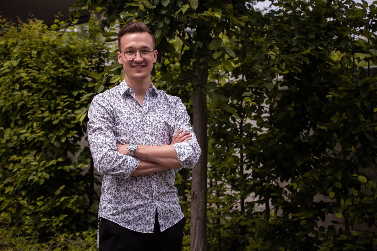 Der 27-jährige Dominik Lienen hat in Koblenz Wirtschaftsinformatik studiert und anschließend ein Start-up gegründet. Fotos: Olivia Schwarz